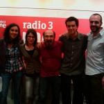 Carmen Socías, Laura Romero, Juan Suárez, Alejandro Otheguy y Santiago Bustamante, en En la Nube, Radio 3